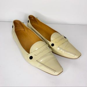 TOD'S Cream Patent Leather Driving Loafer Size 7.5